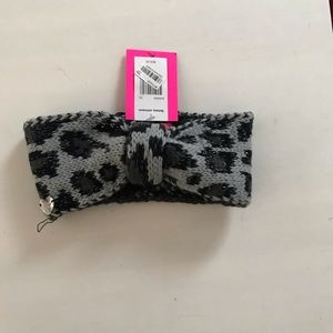 Betsey Johnson Ear  Warmer